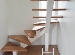Лестница каркас из металла