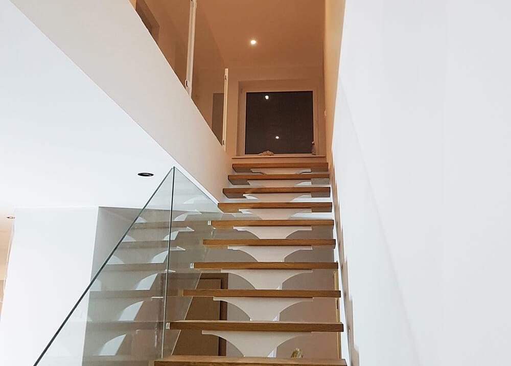metal staircase with glass borders 1
